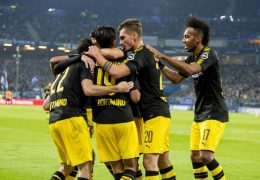 HAMBURG, GERMANY - SEPTEMBER 20: Christian Pulisic of Borussia Dortmund celebrates scoring the goal to the 0:3 together with his team mates during the Bundesliga match between Hamburger SV and Borussia Dortmund at the Volksparkstadion on September 20, 2017 in Hamburg, Germany.  (Photo by Alexandre Simoes/Borussia Dortmund/Getty Images)