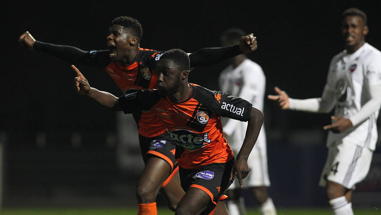 Chambly vs lyon soccer punter betting is buying and selling bitcoins illegal search